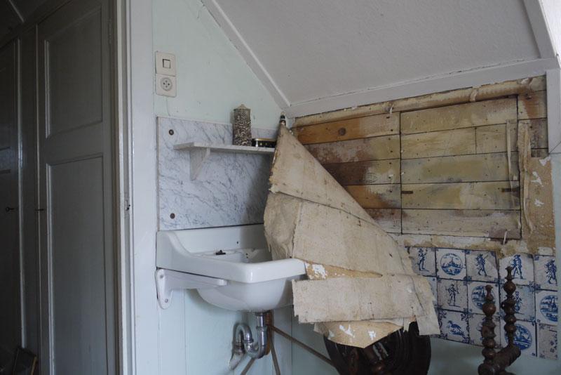Ruimte voor onderduikers - Ruimte model kamer houten ...